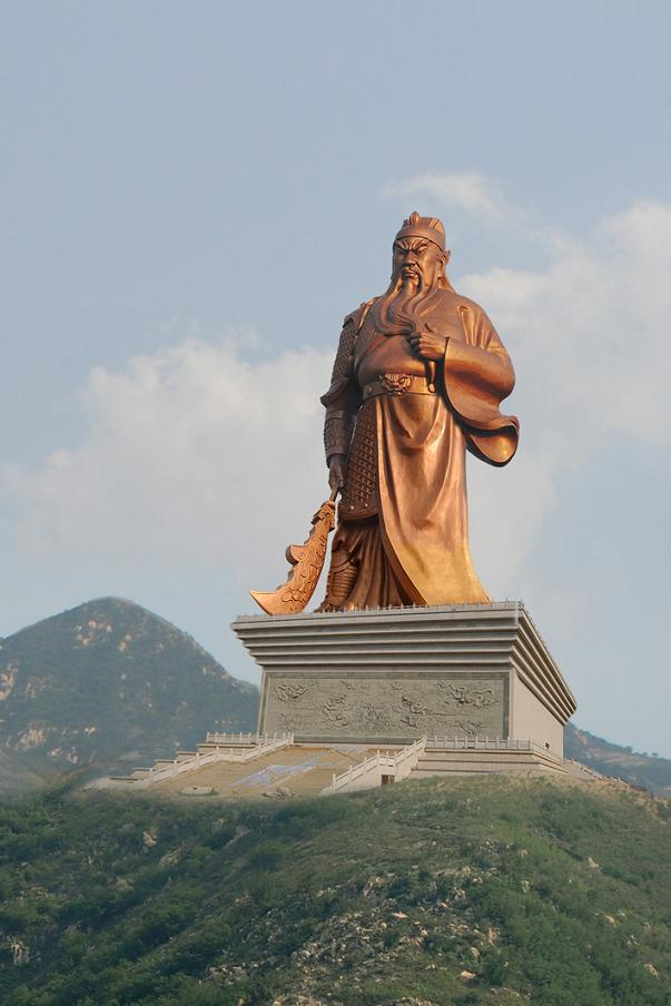 10 Amazing Giant Statues That Will Leave You Speechless ...